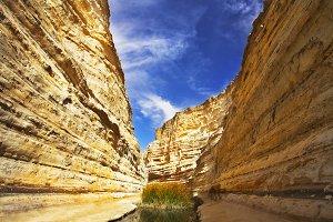 Magnificent  gorge En-Avdat