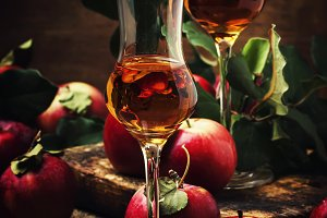 French apple strong alcoholic drink,