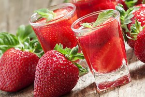 Fresh strawberry juice, selective fo