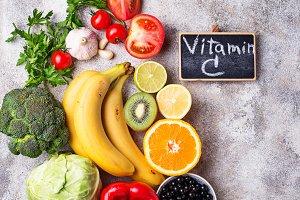 Food containing vitamin C. Healthy