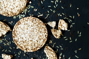 Whole-grain rice cakes Diet, selecti
