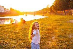 The little girl angel