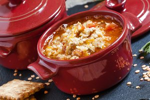 Tomato soup with red lentils and min