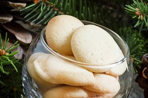 Christmas shortbread in a glass bowl