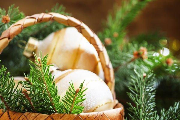 Christmas golden Christmas balls in…