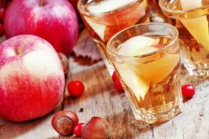 Apple juice with slices of fresh app