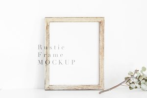 Mockup Farmhouse Frame 4x5 Ratio