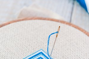 Set for embroidery, embroidery hoop
