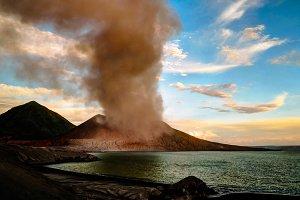 Eruption of Tavurvur volcano, Rabaul