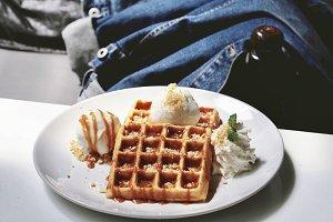 Dessert dish waffle iced cream