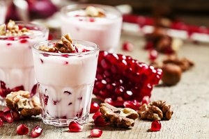 Homemade garnet yogurt with walnuts
