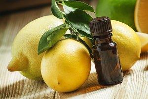Essential oil of lemon and fresh lem