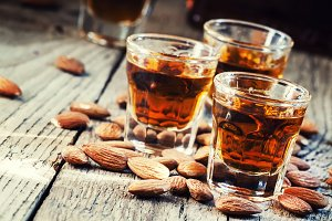 Italian amaretto liqueur with dry al