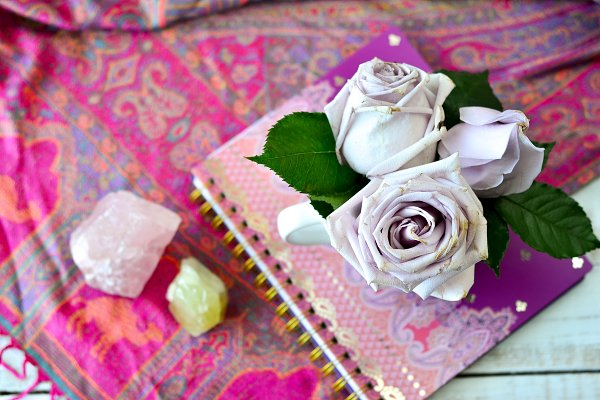 Jumbo Roses Desk Setup 2