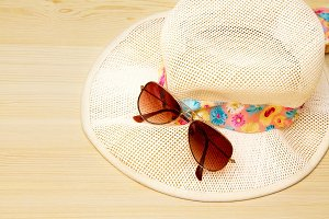 Summer time, summer accessories