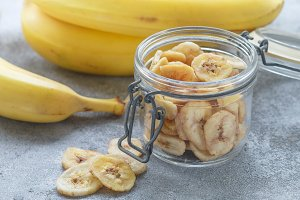 Homemade dried banana chips