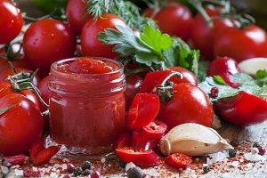 Tomato ketchup hot sauce with chili