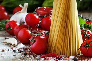 Italian dry pasta spaghetti with tom