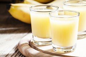 Freshly squeezed banana juice, vinta