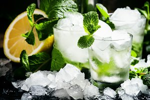 Alcoholic cocktail vodka smash with