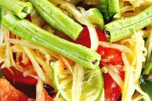 Veggie Papaya Salad
