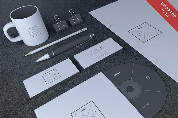 Download Blank Stationery / Branding Mock-Up