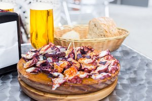 Cold beer and cooked octopus