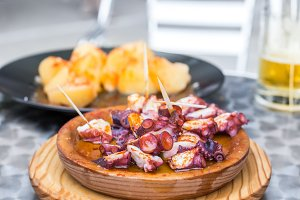 Galician cooked octopus with potatoe