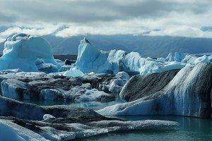 Lagoon Jokulsarlon, glacial lake and