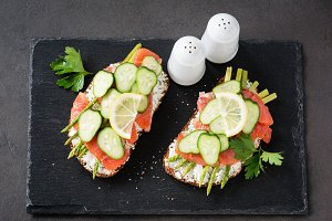 Asparagus and salmon sandwiches
