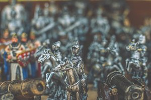 Figurines of knights 2