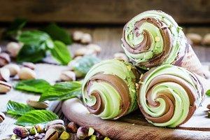 Green pistachio ice cream with choco