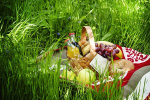 Picnic Basket with fruits and drinks
