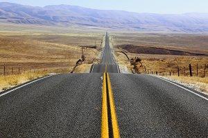 The American road in Californian pra