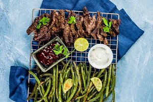 Grilled green beans and beef