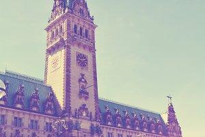 Hamburg Rathaus - giant city hall