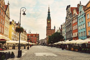 Old Town street and in Gdansk, PL