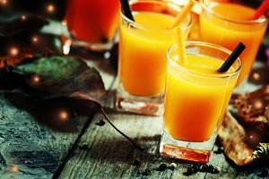 Halloween cocktail, pumpkin orange d