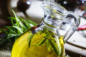 Olive oil with rosemary and spices i