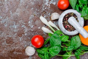 tomatoes, basil and peper spice