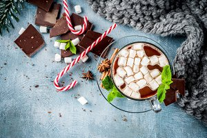 Hot chocolate with mint
