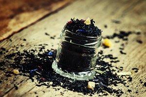 Dry Ceylon black tea with cornflower