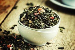 Ceylon green tea with petals of cher