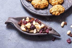 raisins nuts in black ceramic bowl
