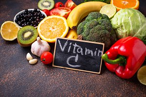 Food containing vitamin C. Healthy
