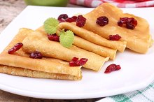 Pancakes and cranberries