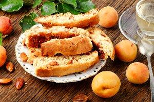 Italian almond biscotti