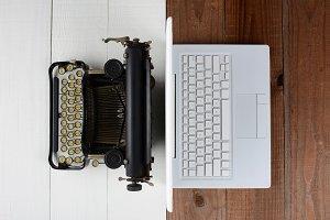 Typewriter back-to-back Laptop