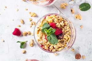 Yogurt parfafait with granola and