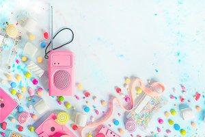 Header with pink retro radio player